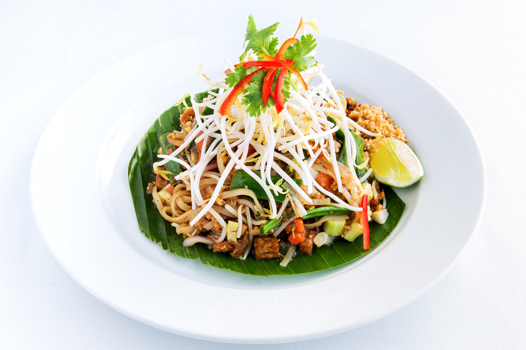 Phad Thai Phak Végétarien au restaurant thai thailandais à Valbonne Sophia Antipolis entre Mougins, Antibes et Cannes